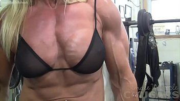 Female Bodybuilder Lacey Works Out And Masturbates [보디빌더 피트니스 Bodybuilder]