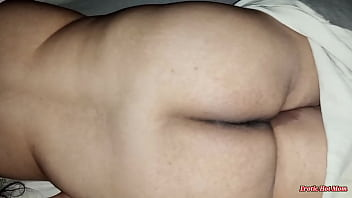 always peeping my big boobs very beautiful mom while she laying in bed, she look like a whore a very sexy canadian slut, punjabi desi paki bhabhi shows her big gaand and boobs in homemade video