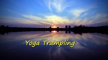 Yoga Trampling (Stomach Demolition)
