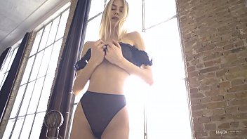 Busty Blonde Nancy A showing off her perfect pussy for Nudex 4 min