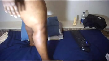 Thick South African BBW gets down and dirty during live cam show
