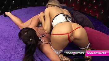 Streaming Video Babestation live lesbian show with Michelle Moist & Amanda Rendall - XLXX.video