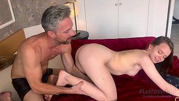 BARLEY LEGAL TINY 18YO YOUNG HIGHSCHOOL TEEN TAKES A HUGE COCK IN CASTING