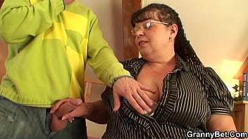 Picked up busty mature fatty gets doggy-fucked