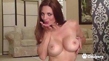 Redhead Cougar Mindi Mink Fingers Her Yummy Hairy Pussy