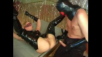 Amateur fetish couple fucking in mask