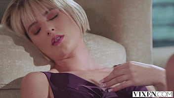 VIXEN Blonde Jessie gets what she wants