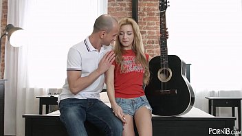 Guitar anal - Young sensation assfucked