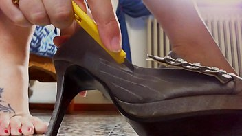 Ready to look like abuse of these shoes? Tell me the truth you wouldn't want to be crushed by them