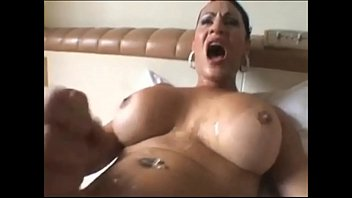 Muture woman oral sex
