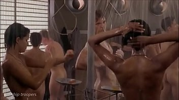 Sex kittens shower scene - Unisex showerss compil in mainstream movies