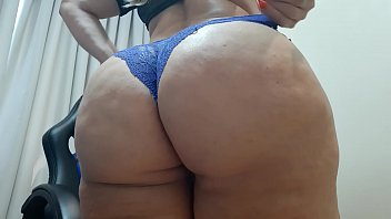 dan&ccedil_a sensual de calcinha azul de renda / sensual dance in blue lace panties /