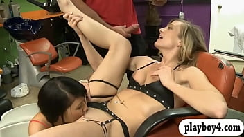 Tight blonde babe fucked in the salon with skinny babe