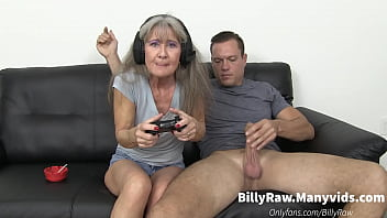 Streaming Video Video Gaming Granny Gets Big Dick - XLXX.video