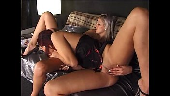 Blonde and redhead: lesbo