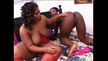 Two chubby ebony whores drill each others wet twats with big toy