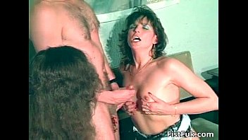 Amateur kinky action where brunette MILF