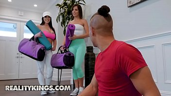 (Adriana Chechik, Xander Corvus, Angela White) - Vibrating Panties Squirting Hotties - Reality Kings