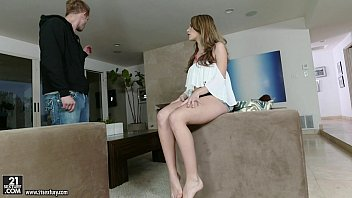 Independent living skill teen Kimmy granger awesome foot play