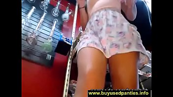 hot upskirt of teen chick working at the vape shop