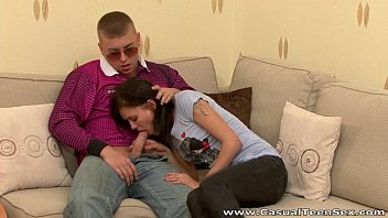 Casual Teen Sex - Fucked Nancy after a breakup teen porn blowjob
