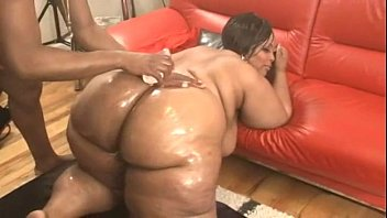 Huge Massive Wo bbly Ssbbw Cheeks Pounded ks Pounded