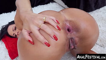 Spicy Latina double penetrated by big dicked hunk team