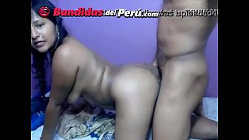 cholita rica tira en webcam