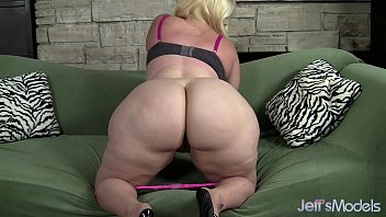 Bbw lingerie plus size - Plus-sized blonde masseratie monica dildos herself to orgasm