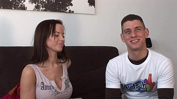 Oops !! The Dildo Deal with Cindy 22 min