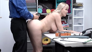 Blonde Big Boobie Milf Have To Suck Cock Otherwise Owner Will Call Police – Dana Dearmond – Shoplyfter Mylf