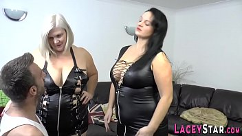 Gran in leather lingerie gets throated