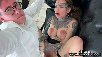MAX FELICITAS MAKE A CASTING TO THE COLOMBIAN GIRL KORIHNA WHO WANTS DRINK ALL SPERM
