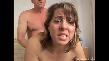 Kick ass hot rod - Pretty mature amateur enjoys a fuck and a facial