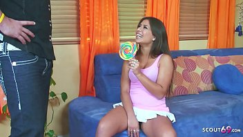 ▶▶ Step Daugther Seduce Dad to get First Anal Fuck by Big Dick ◀◀