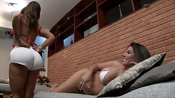 ANGEL LIMA AND FABIANE THOMPSON EXCHANGING ORAL SEX ON THE SOFA