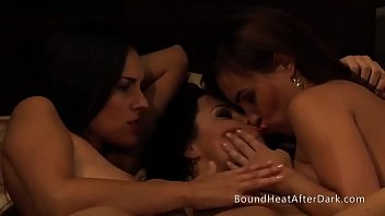 Lesbian Slave's r.: Standing And Waiting For Punishment thumbnail