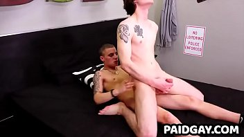 Hunk inmate getting rimjob by powerful stud