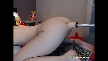 Sexy  Blond On A extreme Machine fucking her lovely big Ass tips she cums —  www.girls4cock.com/siswet19  —