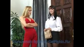 ELEANOR: Summer cummings and tanya danielle strap on fuck