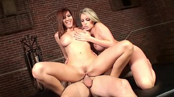 COURTNEY CUMMZ and LEXI LAMOUR take the big fat dick´s thick cum on belly Image
