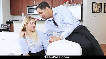 TeenPies - Horny Girlfriend Wants Creampie