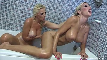 Sexy area Euro babe puma swede in wet shower with bobbi eden