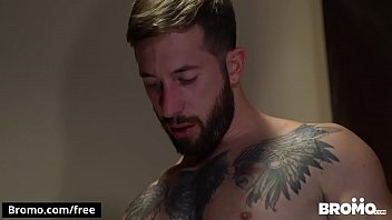 Raw Lock Up Part 3 Scene 1 featuring (Brad Powers, Leo Luckett) - BROMO