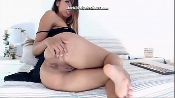 Latina Teen Babe Fingering Ass Hole porno izle