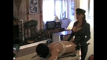 Women wearing latex and leather Mistress fuck her sissy slave