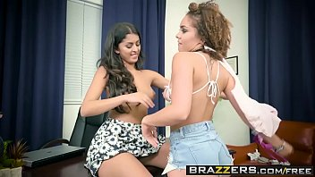 Brazzers - Hot And Mean - (Peyton Banks, Sophia Leone) - Girl Fight - Trailer preview