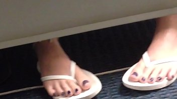 Amazing Candid Teen Feet - Purple Toes And White Flipflops