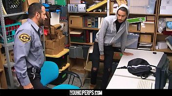 YoungPerps - Dominant security guard banged a straight thief