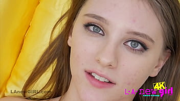 Hot Teen shows pussy closeup in 4K